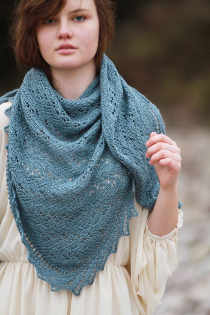 Modèle châle tricot femme gratuit - Leroyaumediris.fr