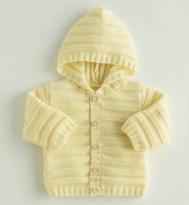 Gilet pour bébé à tricoter gratuit